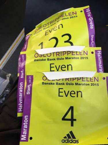 En fin samling med startnummer til Oslo Maraton 2015.